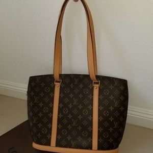 Barely-Use Louis Vuitton Babylone with dust cloth
